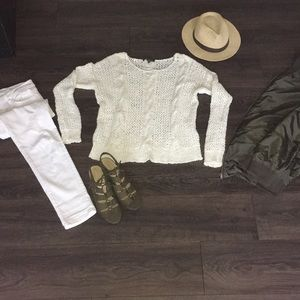 Tommy Bahama White M open weave sweater